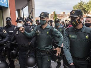 Tres detenidos por atentado a la autoridad y daños en un mitin de Vox en Navalcarnero