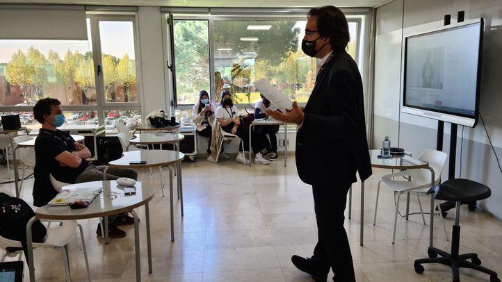 Félix López Capel, director de SEKLab, en una charla en la Semana del Emprendimiento.