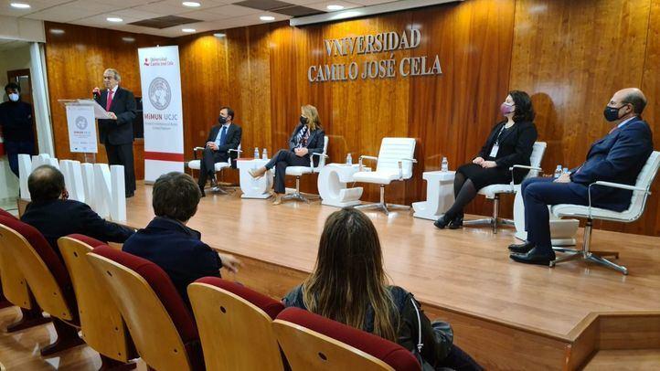 Jóvenes universitarios proponen a los políticos medidas para alcanzar con éxito los Objetivos de Desarrollo Sostenible