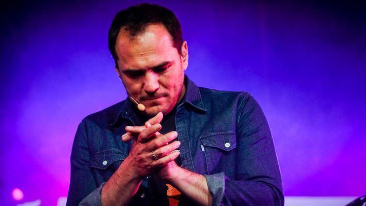 Ismael Serrano compone 'Un nuevo futuro', canción en apoyo a Unidas Podemos
