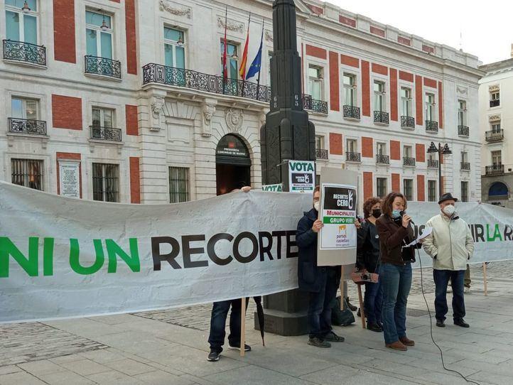 Personalidades como Antonio López y Juan José Millás piden el voto para Recortes Cero
