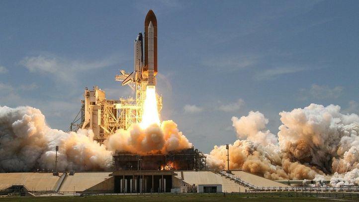 Los restos de un cohete chino fuera de control caerán a la Tierra este fin de semana