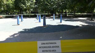 El Retiro y otros ocho parques mantendrán este sábado zonas balizadas
