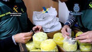 Desarticulada una organización criminal que introducía cocaína dentro de piñas