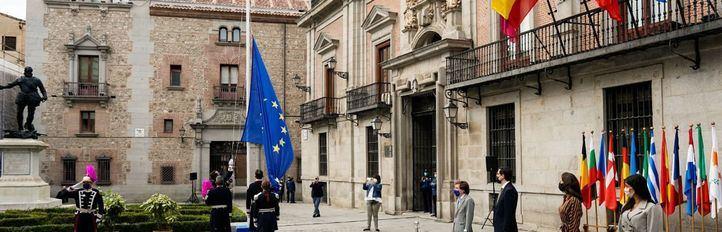 Madrid celebra el Día de Europa reivindicando el mantenimiento de la cohesión social
