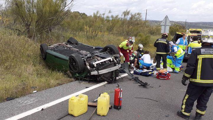 Grave tras volcar su coche en Quijorna
