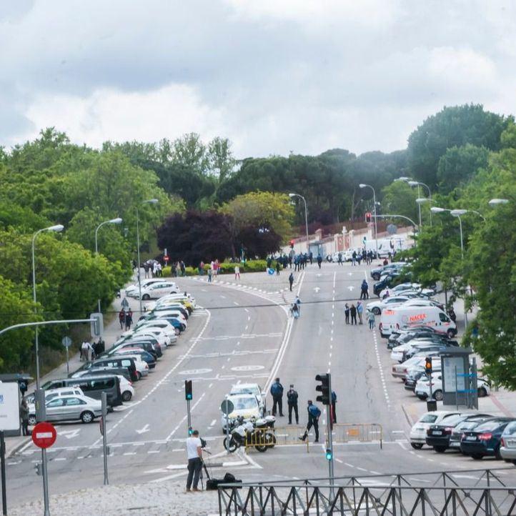 Madrid reforzará la vigilancia en San Isidro para evitar 'actividades irresponsables' como las de anoche
