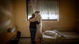 'Archivo Covid': la pandemia a través de los objetivos de 385 fotoperiodistas