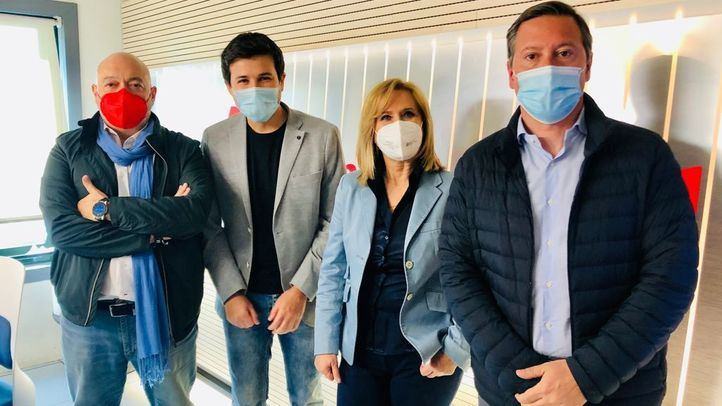 Constantino Mediavilla, Pablo Gómez Perpinyà, Nieves Herrero y Alfonso Serrano en el estudio de Onda Madrid