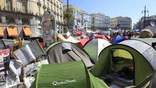 Tiendas de campaña en la Puerta del Sol del movimiento del 15M.