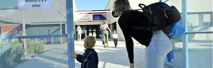 El próximo curso habrá mascarillas en clase, grupos burbuja y una distancia menor entre alumnos, de 1,2 metros