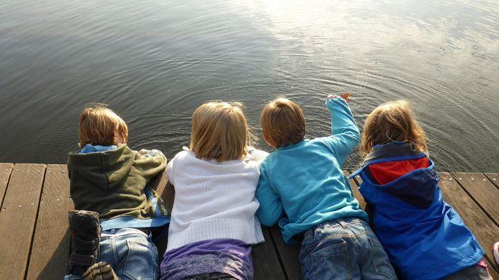 Los padres adoptivos tienden a ocultar o sobreexponer erróneamente la historia de adopción