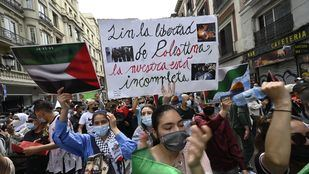 Cientos de personas marchan en Madrid en apoyo al pueblo palestino tras la escalada de violencia