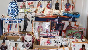Superhéroes falsificados: detenidos por vender réplicas de disfraces