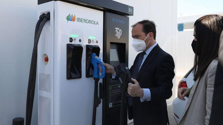 Madrid dispondrá de más de 200 puntos de recarga para vehículos eléctricos