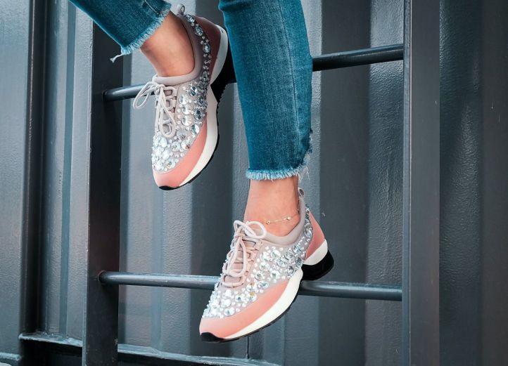 Estas son las zapatillas de mujer tendencia para esta temporada