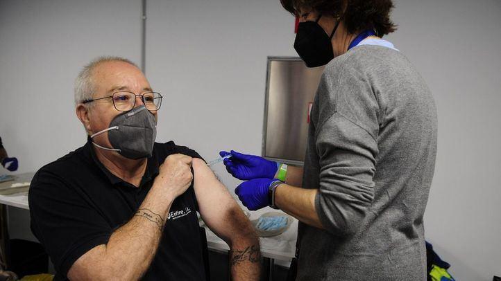 Inicio de la vacunación contra la Covid-19 en el WiZink Center