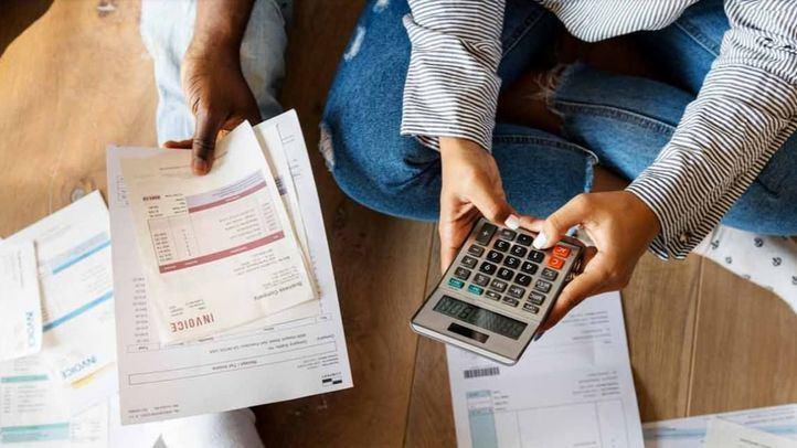 La nueva factura de la luz entra en vigor con dudas sobre el ahorro entre los consumidores