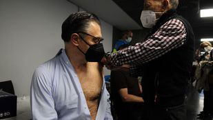 Madrid amplía la autocitación para la vacuna a todos los mayores de 50 años