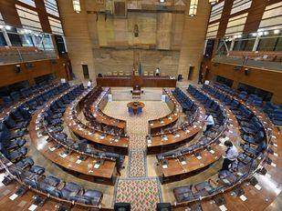 La Asamblea celebra hoy su constitución con un PSOE 'desplazado' y un PP más presente