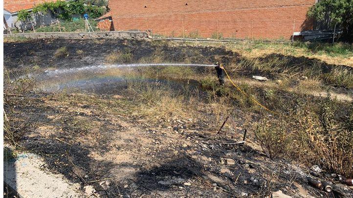 Los Bomberos extinguen un importante incendio en Valdemingómez