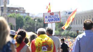 Miles de personas se concentran en Colón contra los indultos