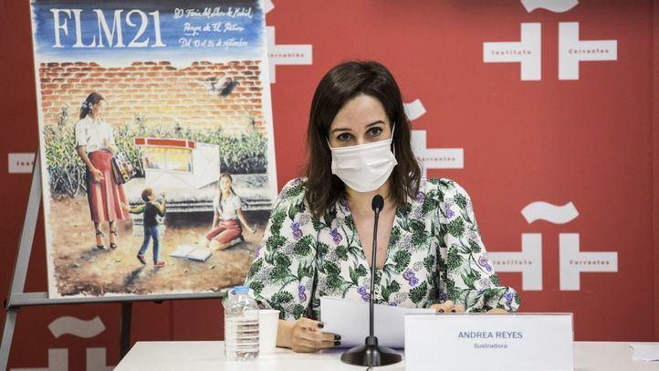 La ilustradora Andrea Reyes interviene en la presentación de la 80ª edición de la Feria del Libro de Madrid