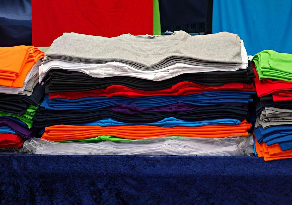Las camisetas son prendas de vestir predilectas para hacer deporte por su versatilidad