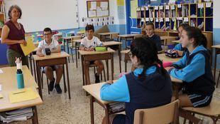 El curso 2022/23 estrenará la bajada histórica de ratio a 20 alumnos por clase