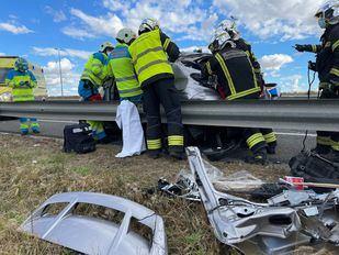Herida tras chocar el coche que conducía con un camión en la M-50 a la altura de Fuenlabrada