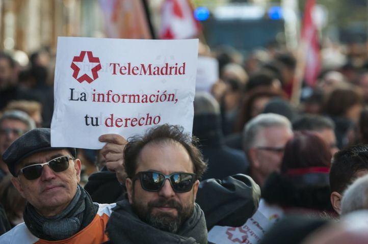 La oposición critica que el Gobierno quiera hacer 'TeleAyuso' con la reforma de Telemadrid