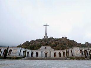 El Gobierno recibe el permiso para exhumar a las víctimas enterradas en el Valle de los Caídos