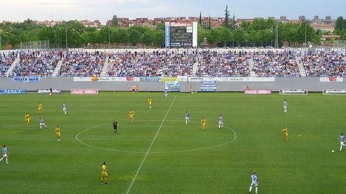 """""""Estadio de Butarque - 23 de mayo de 2011"""" (CC BY-SA 2.0) by Chapuisat1987"""
