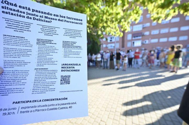 Protesta de los vecinos contra el Espacio Delicias