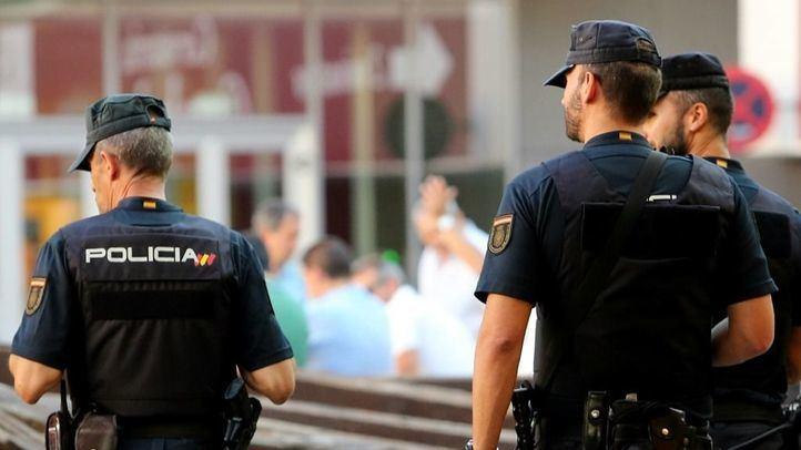Detenido tras disparar a su hermano y atrincherarse en Puerta del Ángel