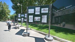 La exposición 'Re-Planta Madrid, la semilla que nos distingue' decora el Parque del Retiro