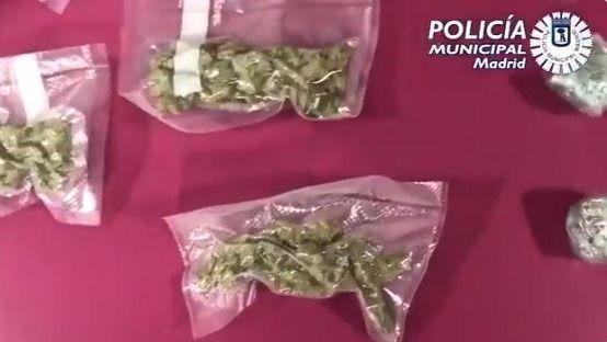 Foto de archivo de una bolsa de marihuana