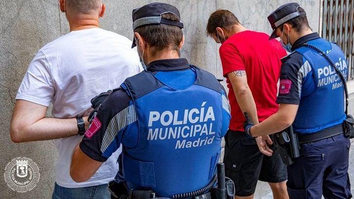 Detenidos por intento de agresión ante la Audiencia Provincial