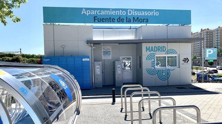 Aparcamiento disuasorio en Fuente de la Mora.