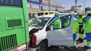 Una colisión de varios vehículos en Fuenlabrada deja cuatro heridos leves