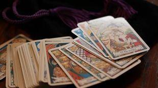 Tarot Visa ¿Cuál es la mejor vidente visa y tarotista por visa?