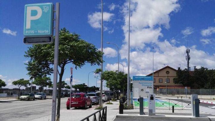 Uso irrisorio de los parkings disuasorios: 6 coches al día en Pitis y 20 en Fuente de la Mora