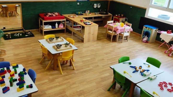 Foto de archivo de una escuela infantil