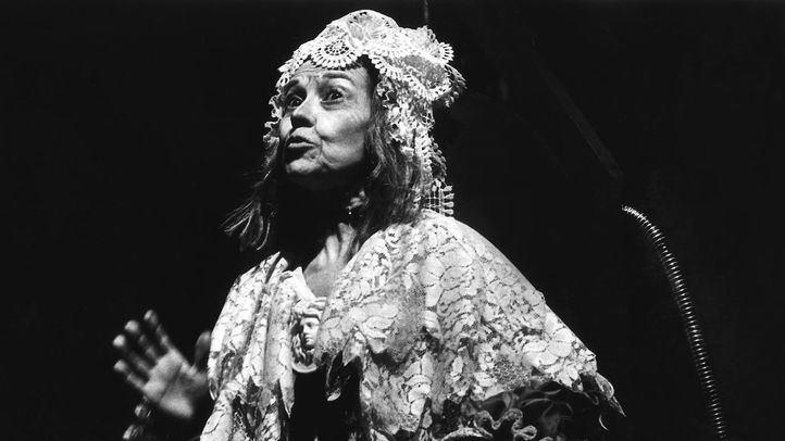 Ana María Ventura en La señora Tártara (1980), de Francisco Nieva.