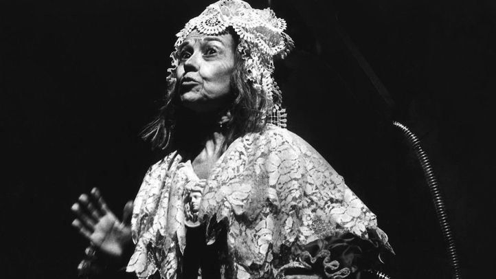 Ana Maria Ventura en La señora Tártara (1980), de Francisco Nieva.