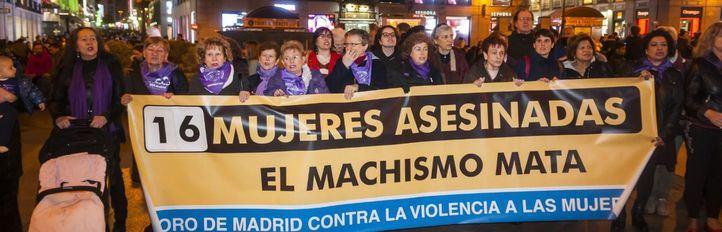 Foto de archivo de otra concentración el día 25 de febrero en repulsa a las mujeres asesinadas por violencia de género