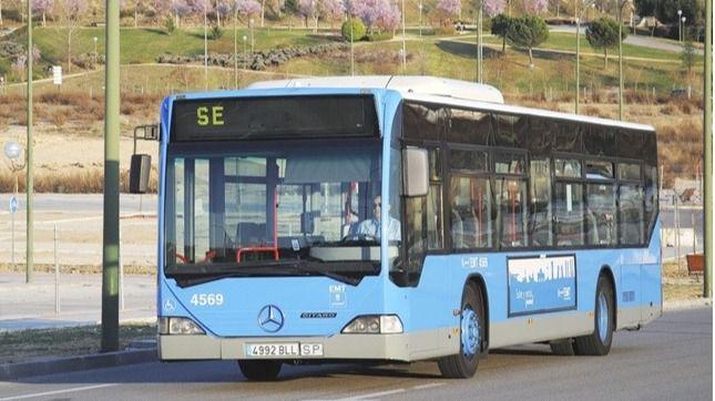 Autobuses gratuitos enlazan desde este sábado Atocha y Nuevos Ministerios por las obras en Cercanías