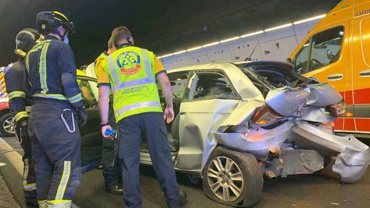 Un herido 'muy grave' y otro leve tras colisionar tres vehículos en un túnel de la M30