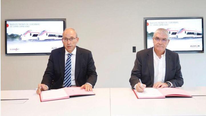 Renfe y Alstom firman el contrato para la compra de 152 trenes de gran capacidad para Cercanías