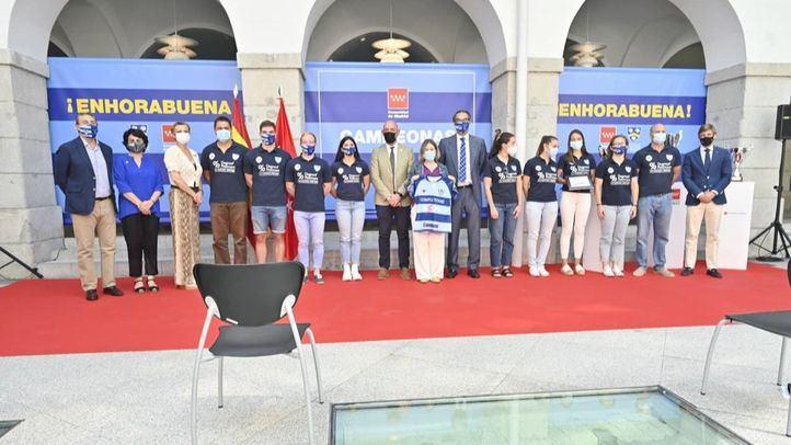 El Club de Rugby Complutense Cisneros, homenajeado tras hacer historia